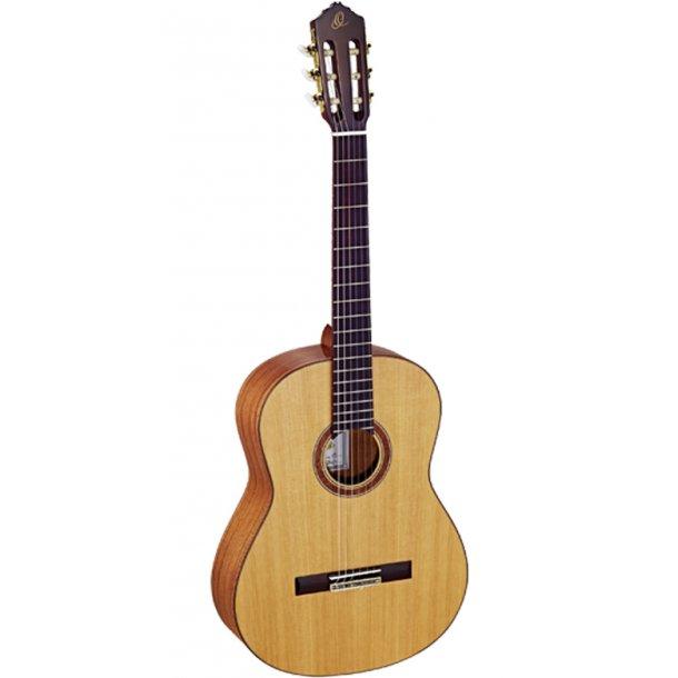 Ortega Custom Master Selection Nylon String Guitar 4/4